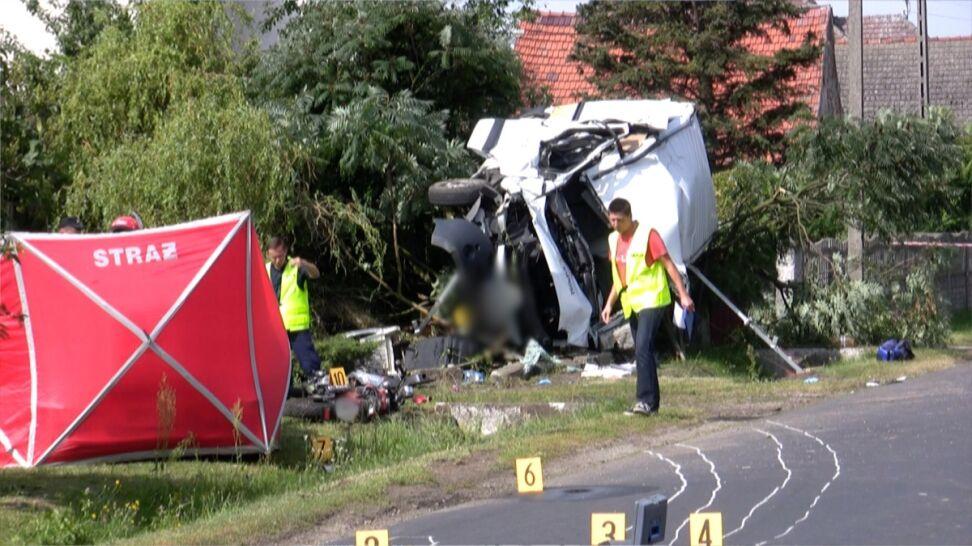 Bus zderzył się z motocyklem. Jedna osoba nie żyje